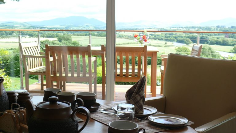 Enjoy Breakfast with the view-398d0c05