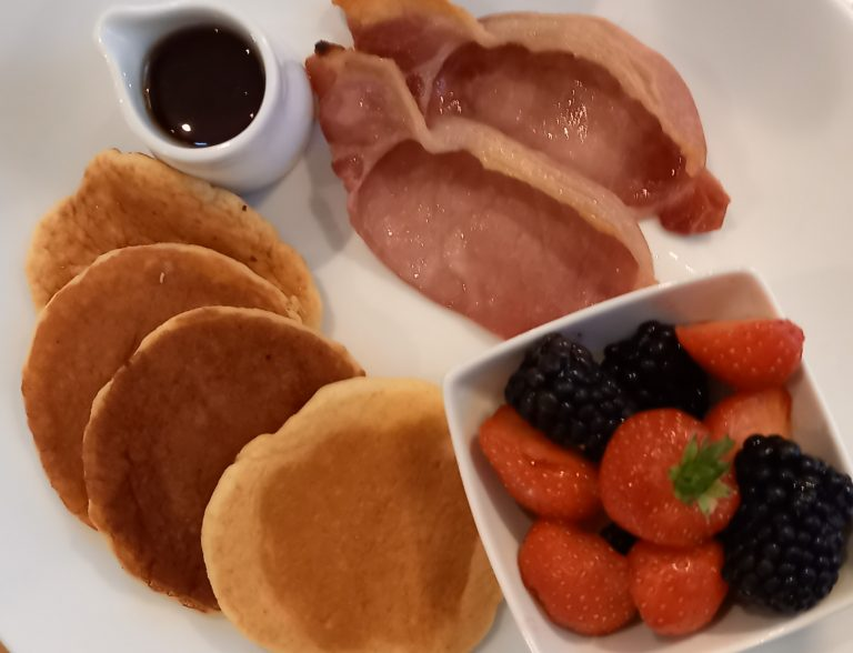 pancakes and bacon-d67dbfc0